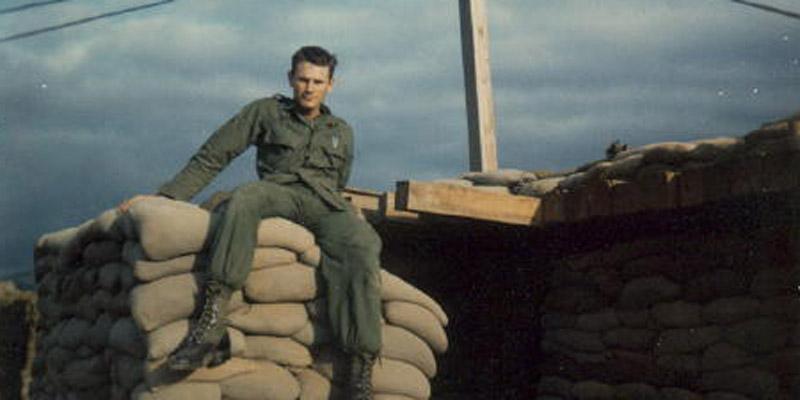 2064_1968_gress_sitting_on_bunker