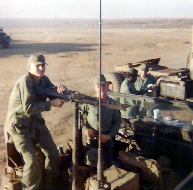 ju_012_usher__at_gun___kellogg__in_jeep___67-8