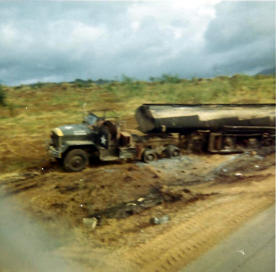 lh104_lloyd_m_hammond_jr_-_359th_trans_co_vietnam_1