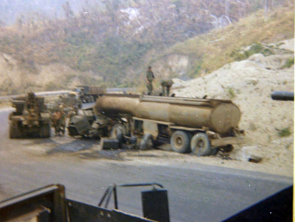 mra_801_vietnam_my_tour_70-71