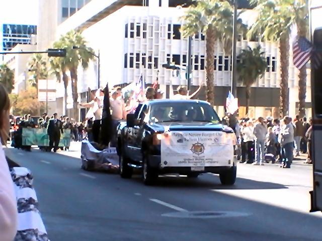 d_002_las_vegas_2010_parade