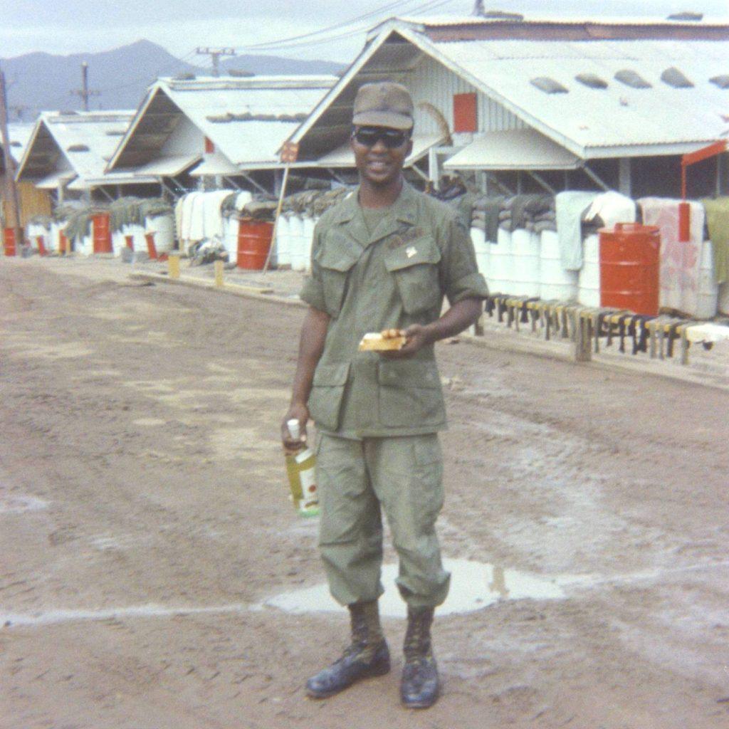 jl017-sgt-davis-breakfast-of-champions-phu-tai-1971