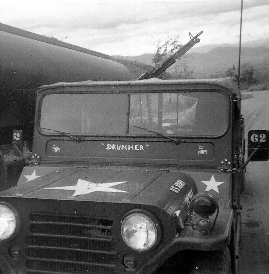 ov002_overshiners_jeep_1966-7